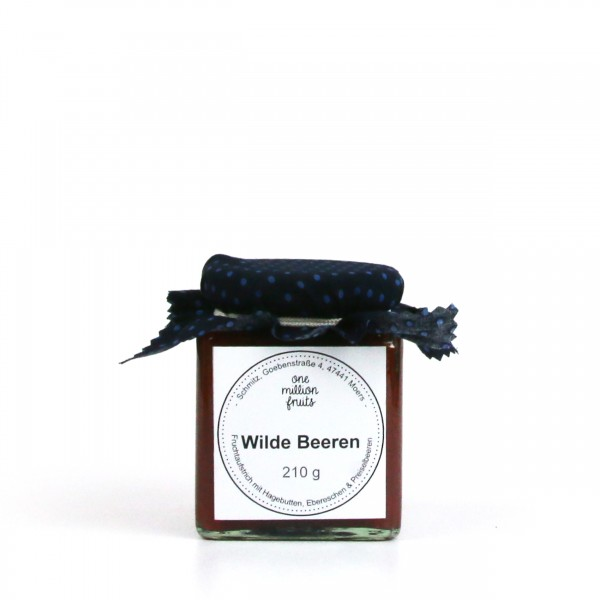Wilde Beeren- Fruchtaufstrich mit Hagebutten, Ebereschen & Preiselbeeren
